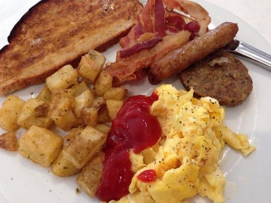 Breezes Resort & Spa Bahamas : breakfast buffet