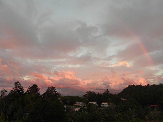 Okarito Campground: amazing sunsets