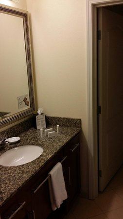 Residence Inn Fredericksburg : Good surface space