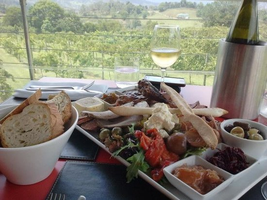 Flame Hill Vineyard: Charcuterie Platter for 2