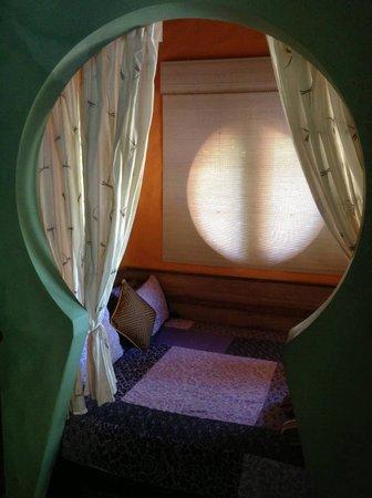 Katana Villa: Keyhole bedroom.