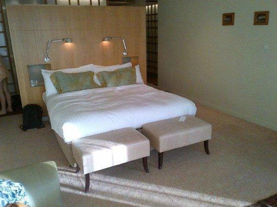 Islington Hotel: Garden Room