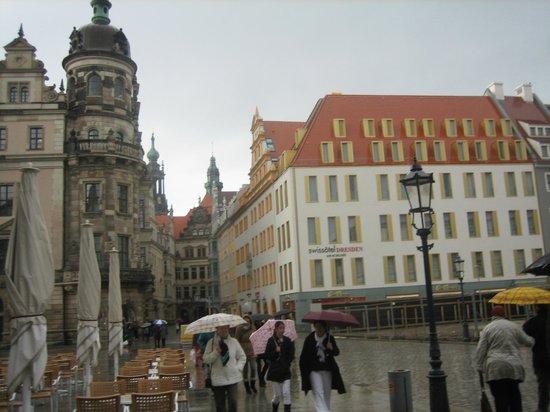 Hyperion Hotel Dresden am Schloss : Это Swissotel в Дрездене