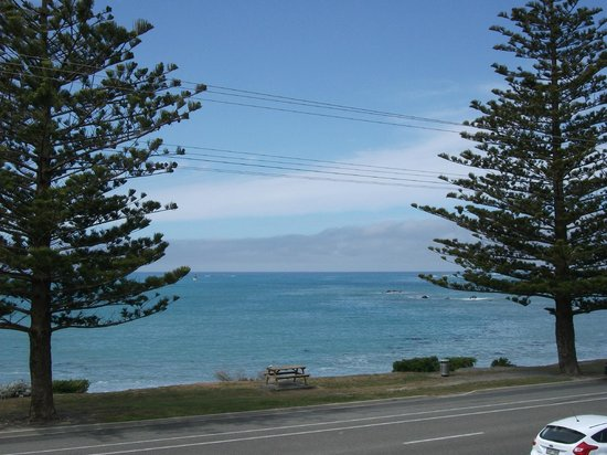 Seaview Motel: View from the Crowsnest