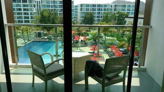 Amari Hua Hin: pool view