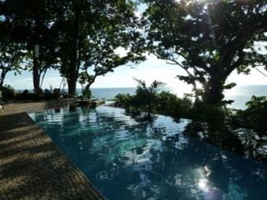 Mom Tri's Villa Royale: ocean villas pool. very private!