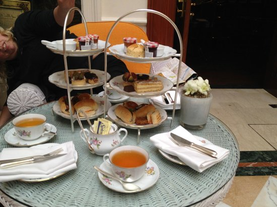 Afternoon tea at the Imperial Hotel Delhi : Delicious!