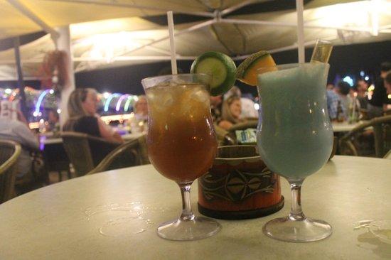 Iguana Cafe: Коктейли