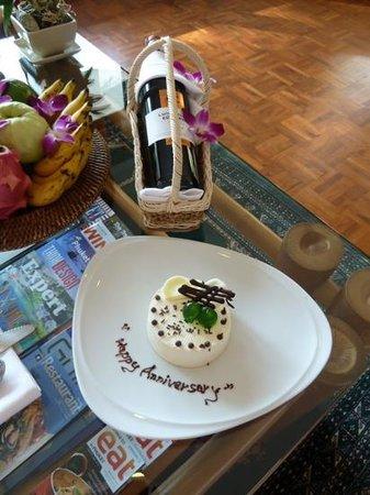 Mom Tri's Villa Royale: for our anniversary :)
