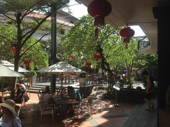 Baan Laimai Beach Resort: 中庭