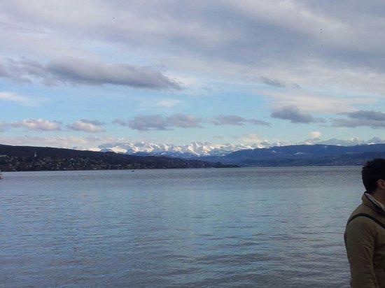 Seebad Enge: Lungo lago