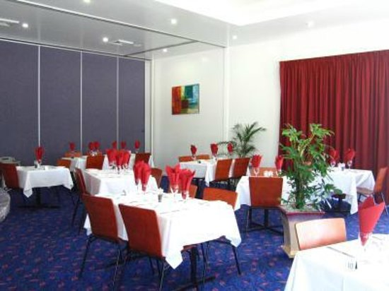 Country Roads Motor Inn Dysart: A La Carte restaurant providing wide selection of hearty meals