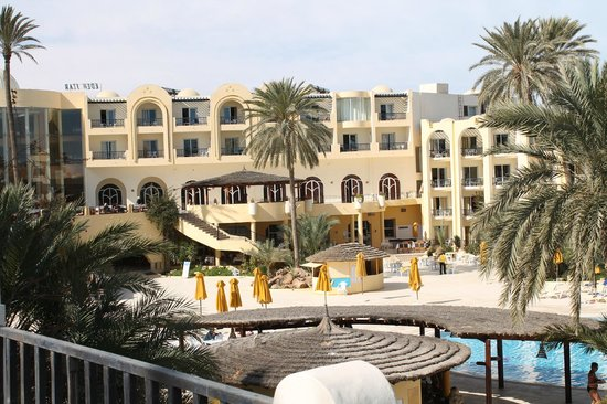 Eden Star Zarzis : vue de l'hotel en revenant de la plage