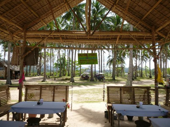 Nacpan Beach One Of The Few Restaurants On Really Good Inihaw