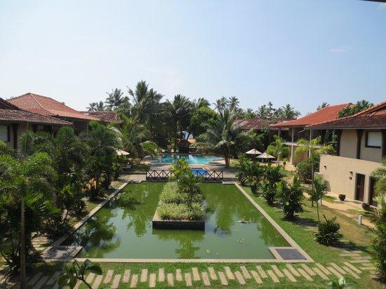Portofino Resort Tangalle: Hotelanlage von der Ayurveda-Lounge