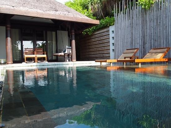 Anantara Kihavah Maldives Villas: privat pool