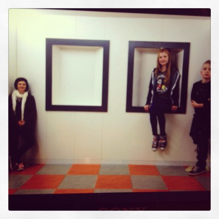 Ames Room - Picture of Camera Obscura and World of Illusions ...