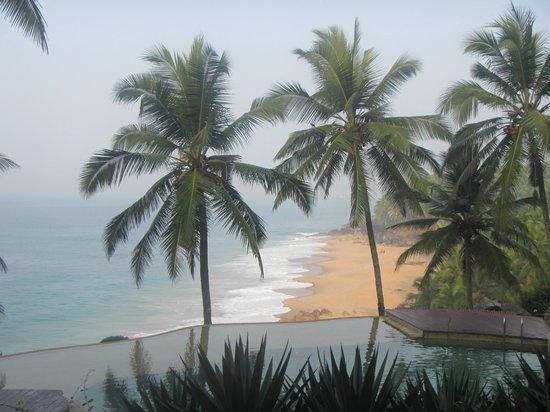 Niraamaya Retreats: private beach
