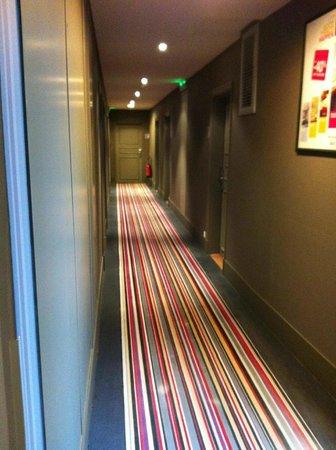 Mercure Rambouillet : couloir