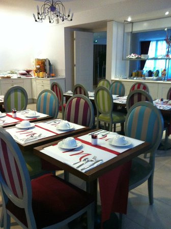 Mercure Rambouillet : tables dressées