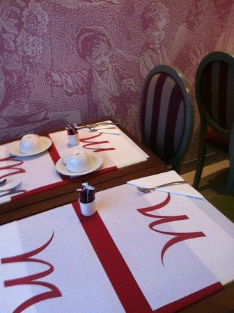 Mercure Rambouillet : salle de petit déjeuner