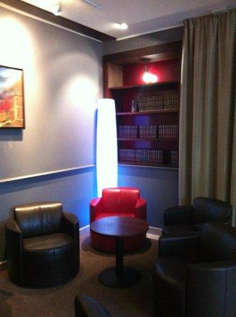 Mercure Rambouillet: lobby