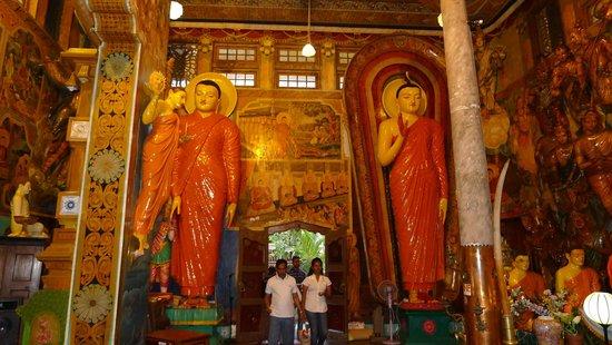 Gangaramaya-Tempel: Buddha images
