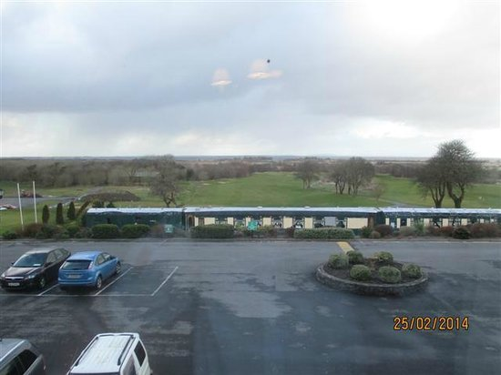 Glenlo Abbey Hotel: View from room