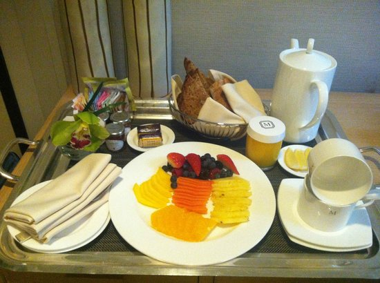 The Mark: room service breakfast