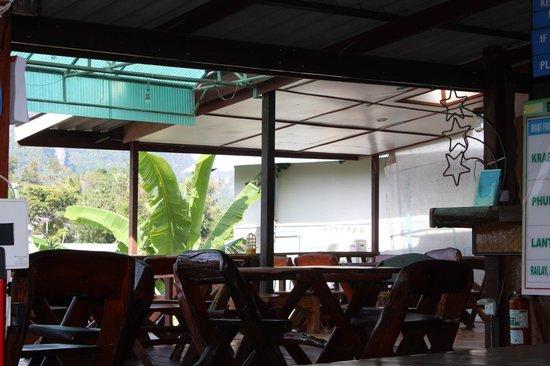 PP Ingphu Viewpoint: Ресторан при отеле