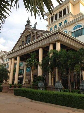 Pacific Hotel & Spa : エントランス