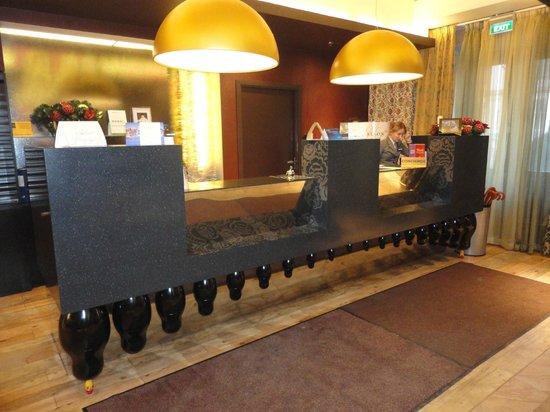 Radisson Sonya Hotel: Ресепшн