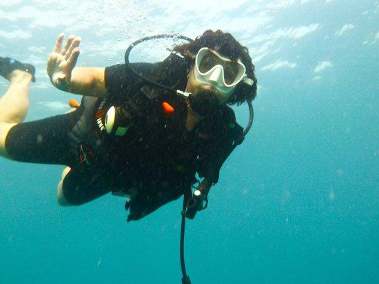 Rainbow Fish Divers: Gruß von Roswitha unter Wasser