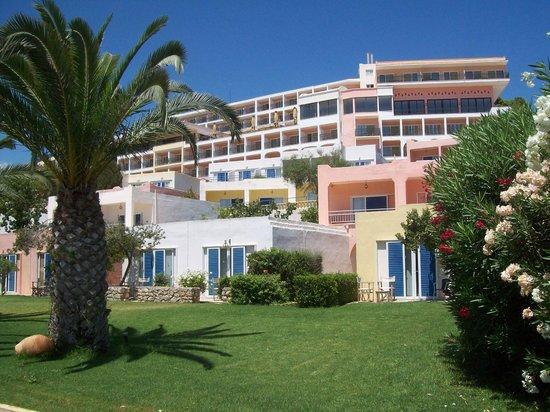 Dolce Attica Riviera: Отель