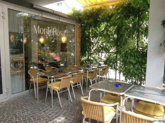 Bistro Cafe Monte Rosa: Außenansicht