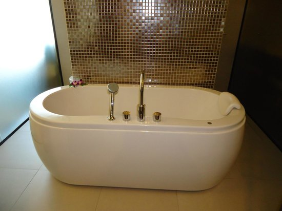 De Chai The Colonial Hotel: Bath
