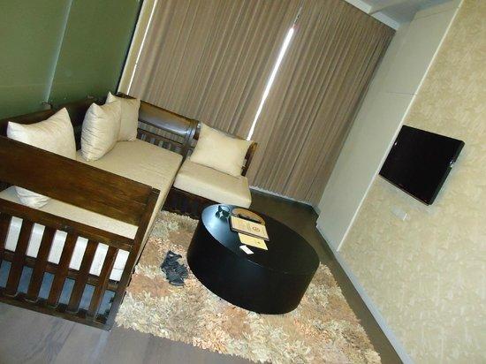 De Chai The Colonial Hotel: Living Area