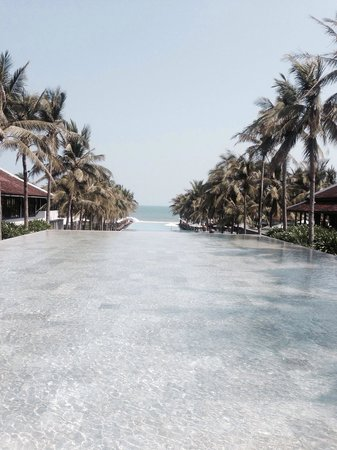 Four Seasons Resort The Nam Hai, Hoi An: Triple piscine a débordement !!