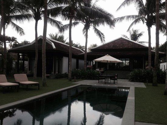 Four Seasons Resort The Nam Hai, Hoi An: Chambre et salon avec piscine 250 m2 ÉNORME