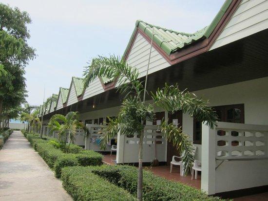 "Varin Beach Resort: le ""villette"" a schiera"
