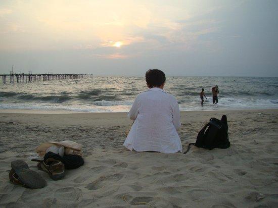 South Canal Holidays : le soir sur la plage d'Allepey