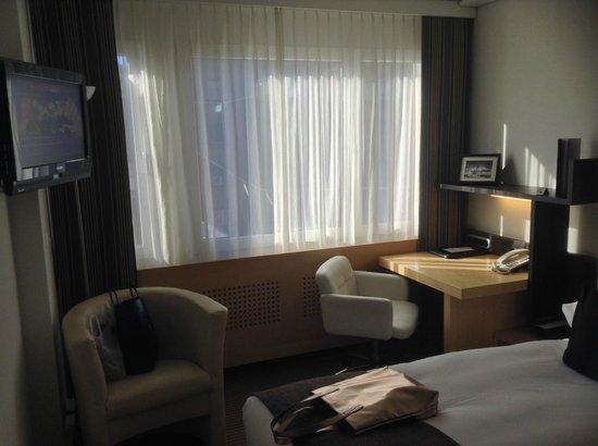 Crowne Plaza Hotel Zürich: Standard Room