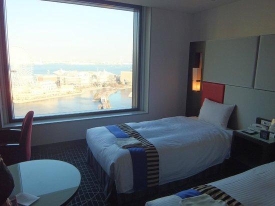 New Otani Inn Yokohama Premium : ツインルーム海側