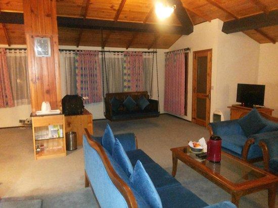 Honeymoon Inn Manali : Regent room interior 3