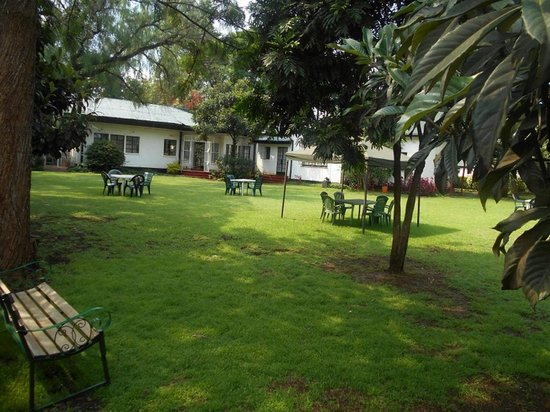 The grounds at The Ndemi Place are ideal for relaxing with family & friends. Our Wi-Fi is access