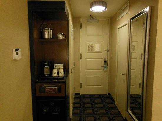 Sheraton New York Times Square Hotel: お部屋にもスタバのコーヒー、紅茶。