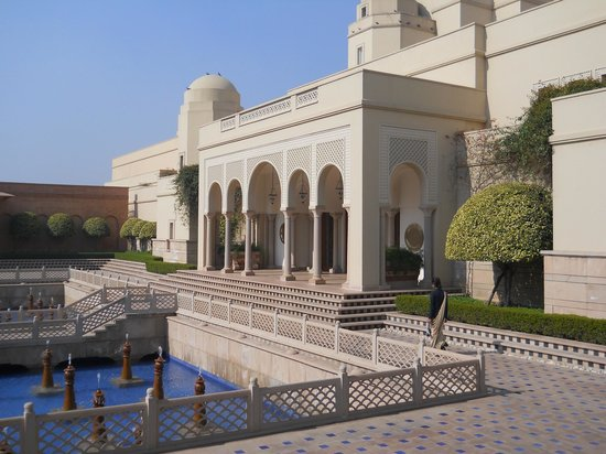The Oberoi Amarvilas: Hotel entrance