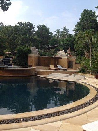 Sensi Paradise: lower pool