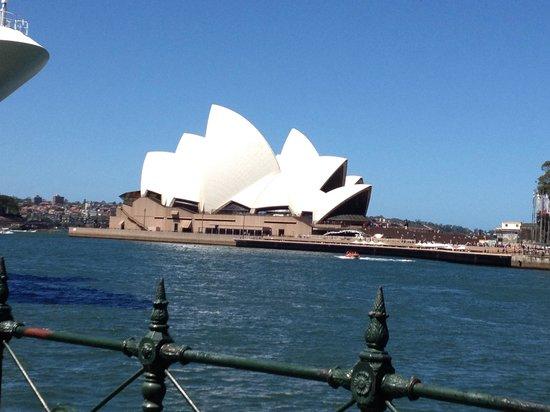 Meriton Suites Campbell Street, Sydney: Opera House