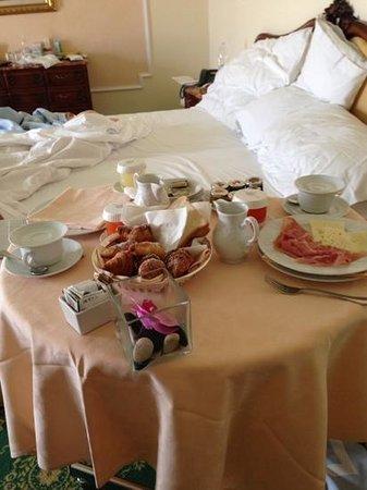 Abano Grand Hotel : colazione in camera